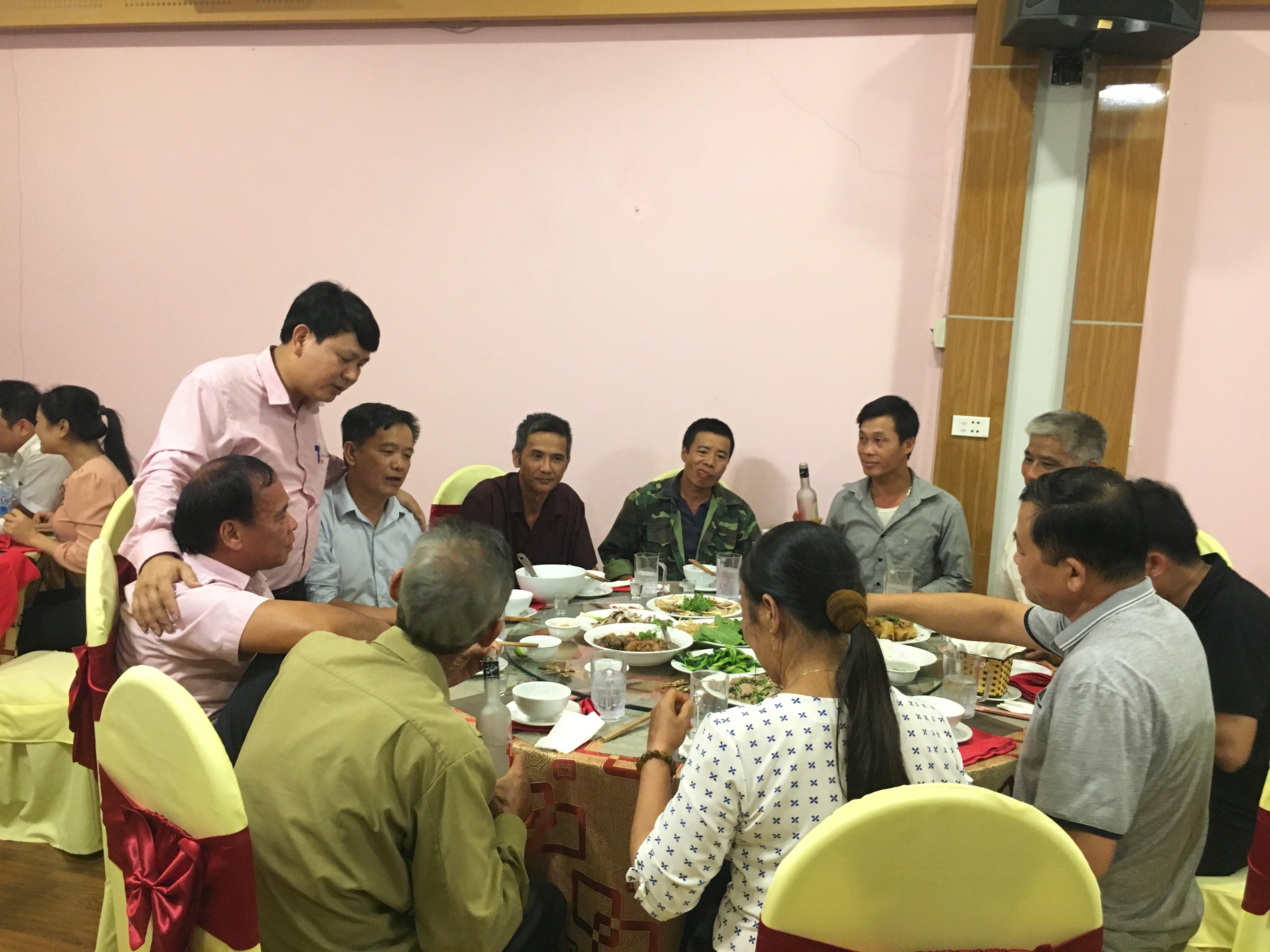 Ông Nguyễn Văn Hiểu - Giám đốc phụ trách dự án, chúc các hộ nông dân có 1 chuyến tham quan học tập kinh nghiệm bổ ích