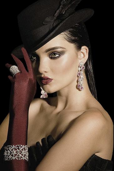 femme_chapeau_tiram_774