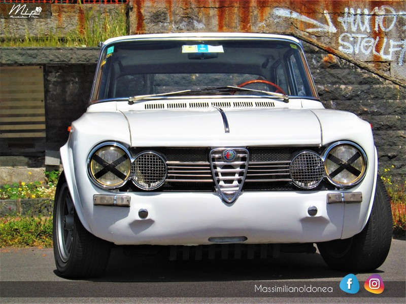 Parking Vintage - Pagina 2 Alfa_Romeo_Giulia_1