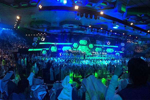 """تدشين """"صقر"""" أيقونة المنتخب السعودي خلال احتفالية الأخضر المونديالية image.png"""