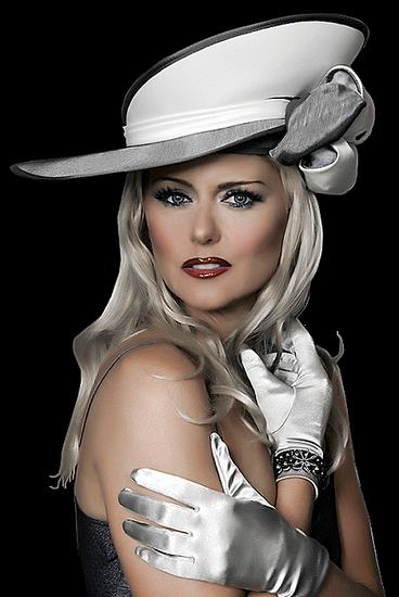 femme_chapeau_tiram_183