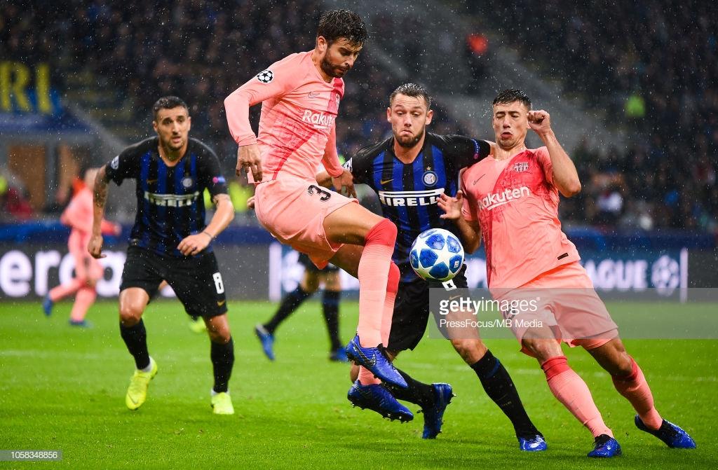 صور مباراة : إنتر ميلان - برشلونة 1-1 ( 06-11-2018 )  Y3