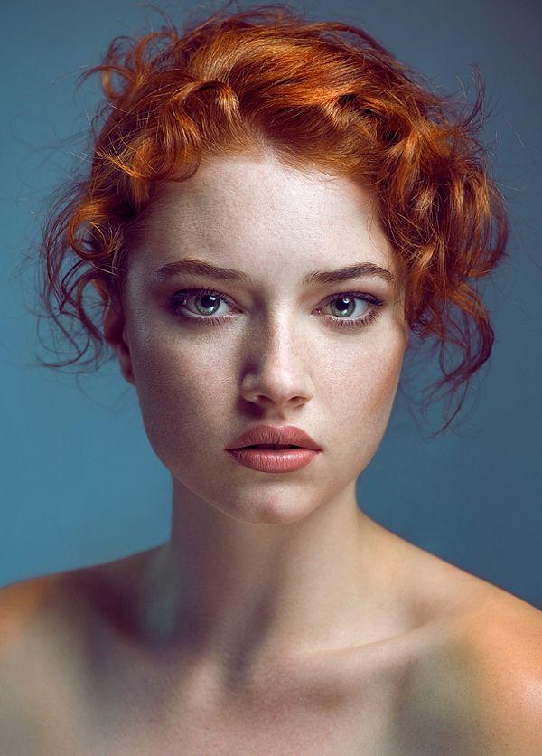 3e2e8c6fa626636eb4e8bdfe78edab3b_redhead_girl_beautiful_redhead
