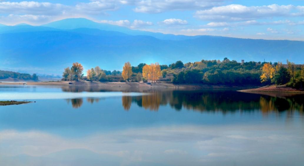"""Autumn in Dam """"40 Springs"""""""