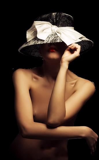 femme_chapeau_tiram_593
