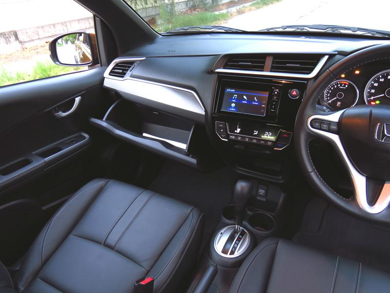 Honda BRV interior