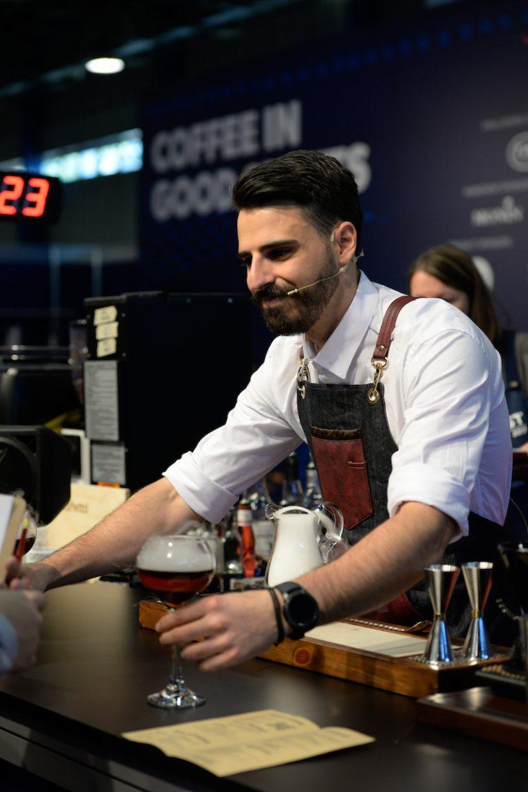 Manos Mamakis drink