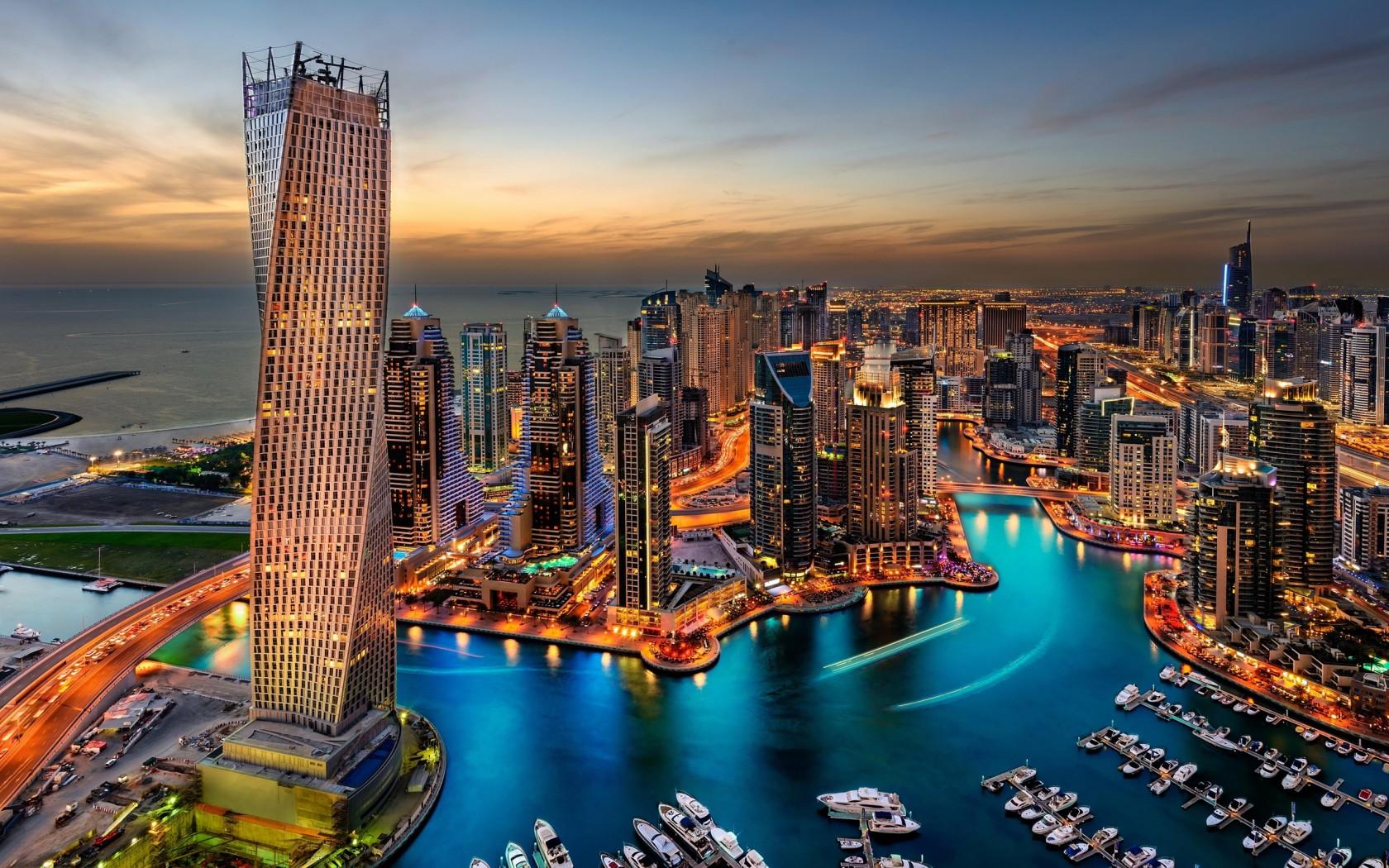 Panorama Towers Building In Panorama City