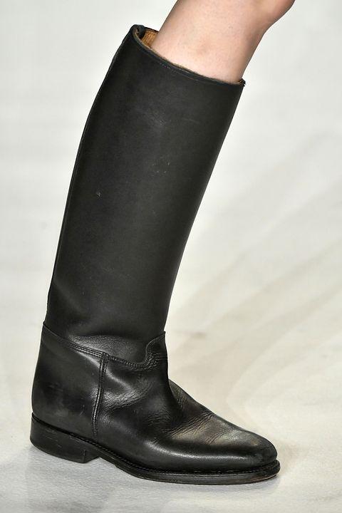 f11e87eda أحذية عالمية مميزة في أسبوع لندن للموضة |صور | بوابة أخبار اليوم ...