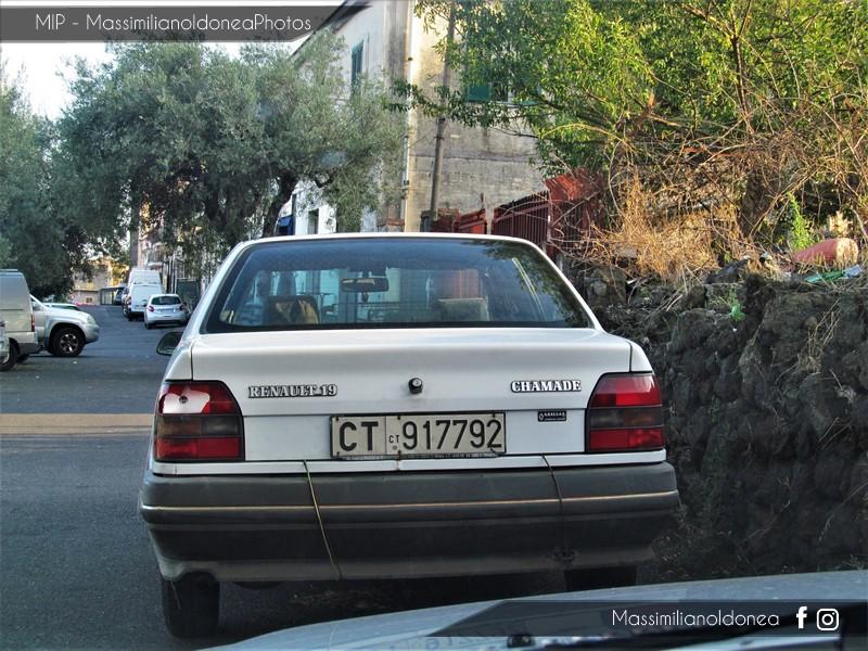avvistamenti auto storiche - Pagina 35 Renault-19-Chamade-1-2-54cv-90-CT917792-65-288-2-10-2017-1