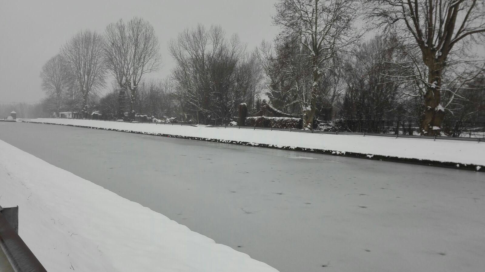 Il Naviglio ghiacciato
