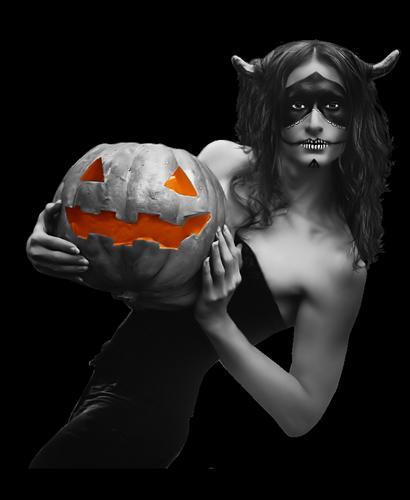 femmes_halloween_tiram_382