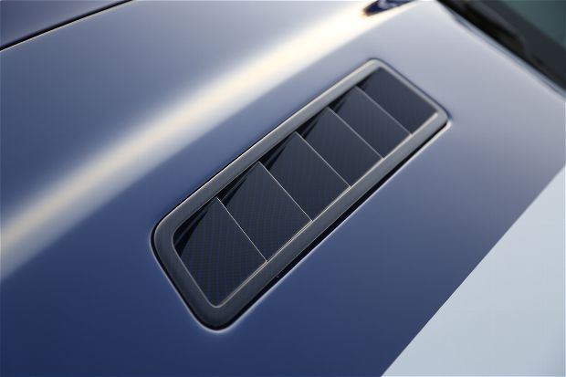 2014 shelby gt hood vent