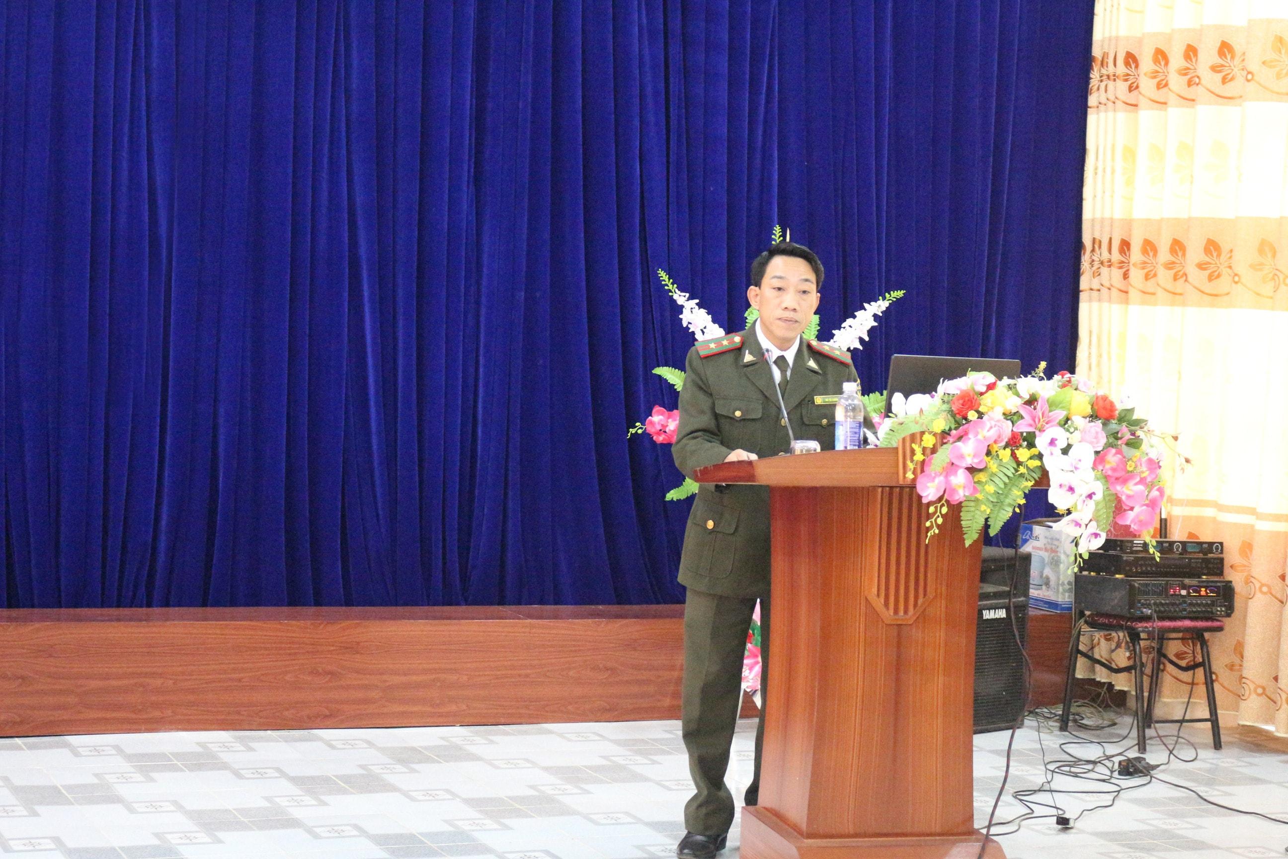 Ông Vũ Tá Luân - Trưởng phòng Tổ chức xây dựng lực lượng phát biểu trước khóa tập huấn