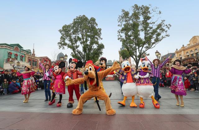 Shanghai Disneyland (2016) - Le Parc en général - Page 39 W796