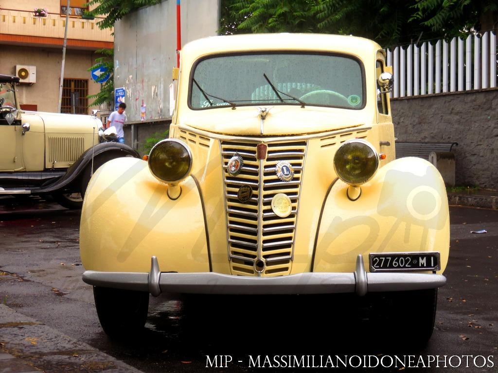 Raduno Auto d'epoca Ragalna (CT) Fiat_1100_L_MI277602_1