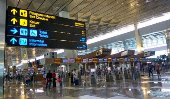 [COC Travellers] Tips Travelling Buat Pemula yang Baru Naik Pesawat #AslinyaLo
