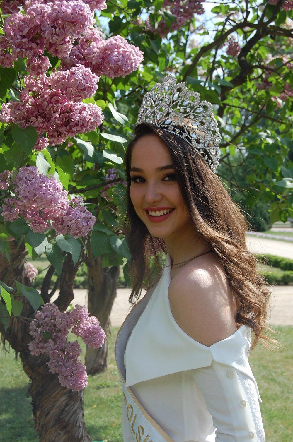 Kamila Świerc - POLAND WORLD 2018 - Page 4 Ezgif_com_resize_4