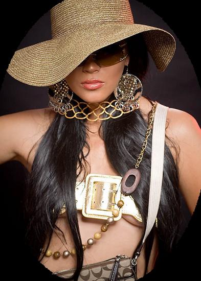 femme_chapeau_tiram_992